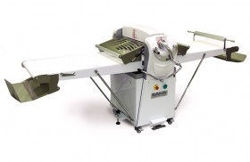 Automatic roller of the dough machine