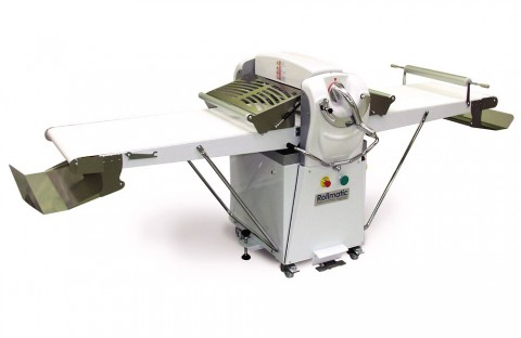 Industrial roller of the dough machine